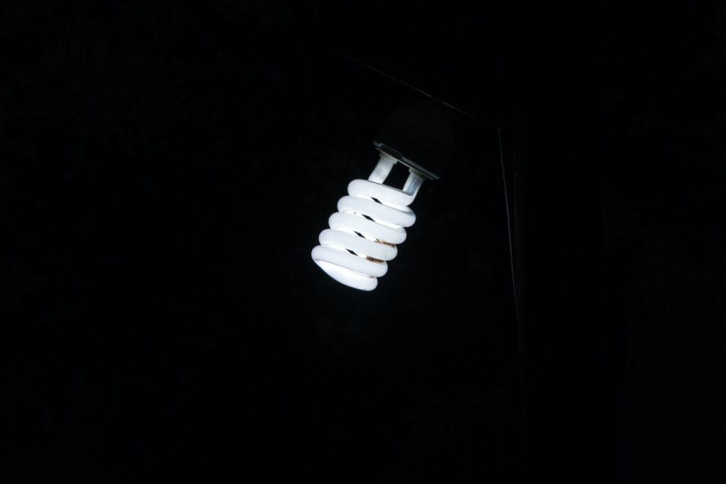 Abastecimiento de luz y gas